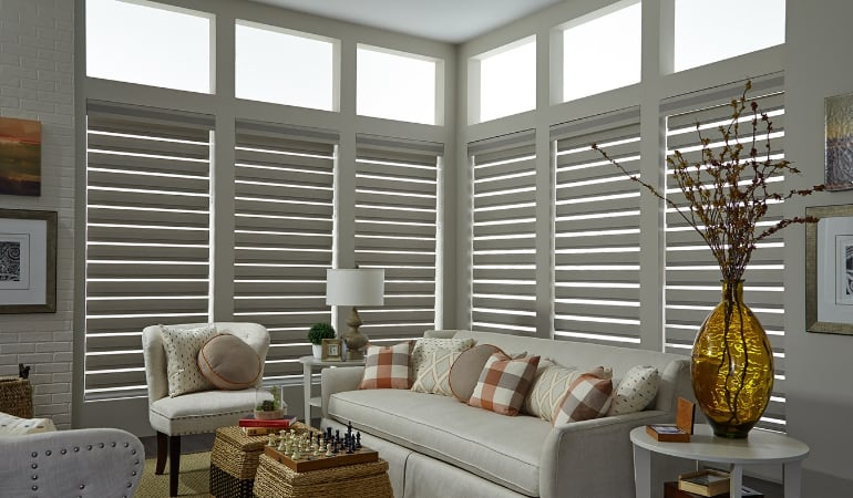 Motorized shades in a Orlando living room.